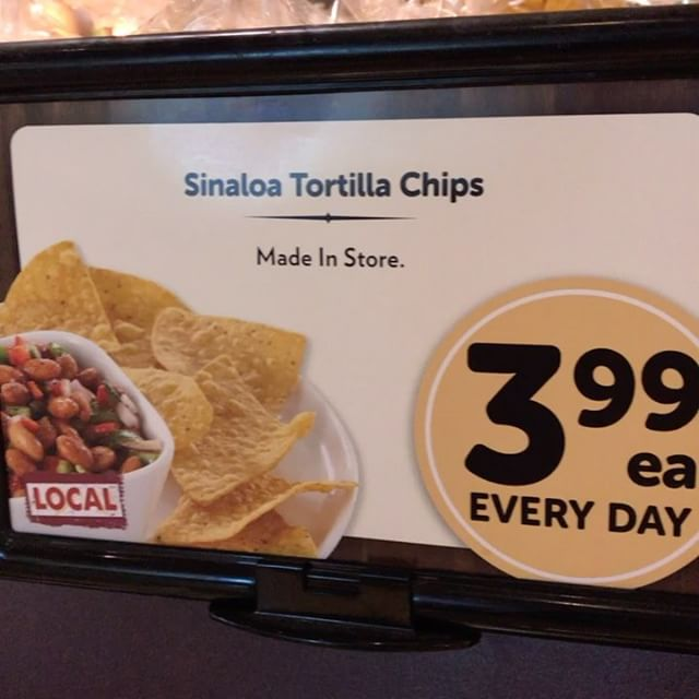 Grab some ono in store Tortilla chips from your local Safeway deli department this Taco Tuesday. #whatsinyoursinaloa #tacotuesday #tortillachips #chips #local #deli #ono - from Instagram